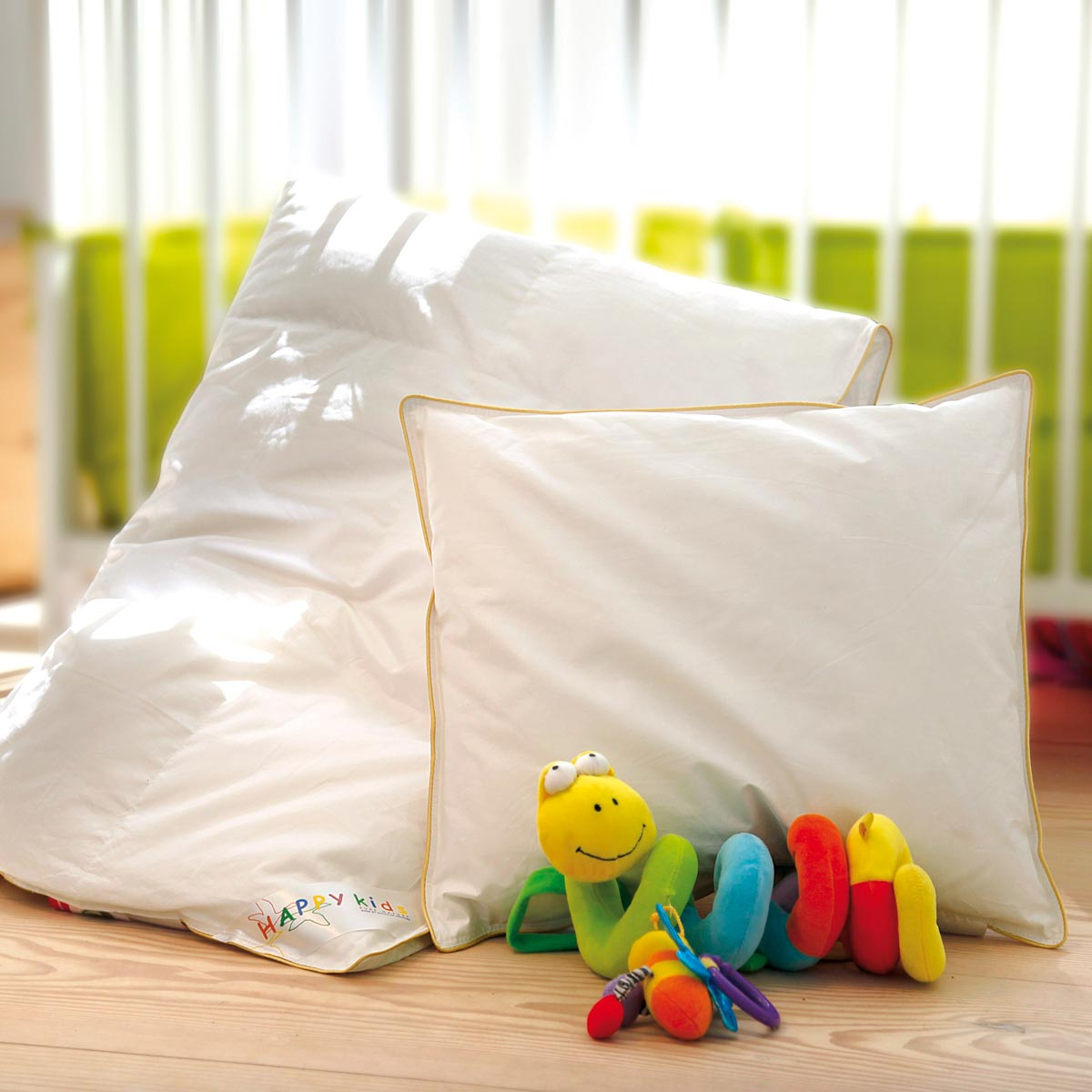 juniordyne Happy Kids juniordyne + pude med gåsedun (helår)   Dynehuset juniordyne